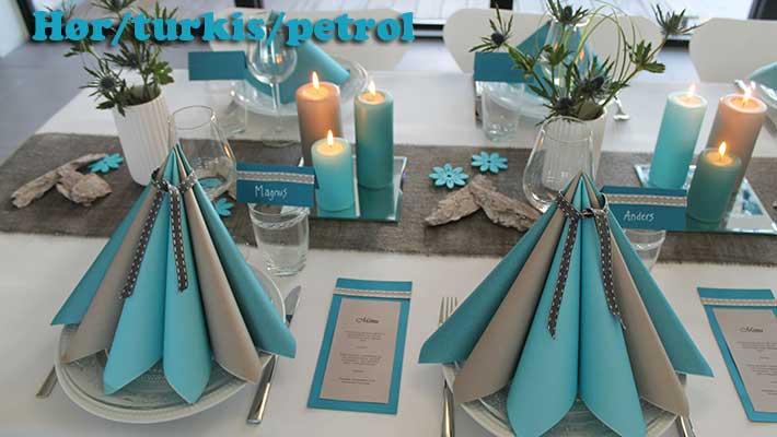 petroleum farvet borddækning